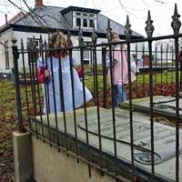 van weerden begraafplaats