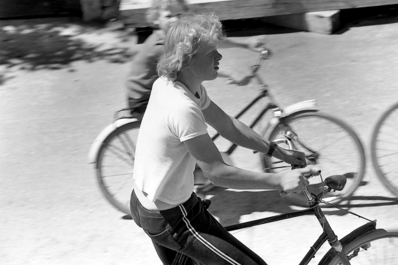 Ennema-zoon, fietsend naast de molen