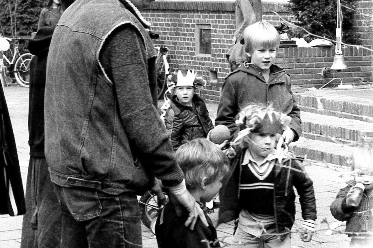 Hans Heesterman (deels) met zoon Casper(?), Eelco, Freddie, Karel en Thomas (deels)