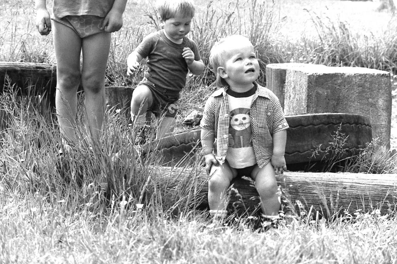 Eelco en Mariska op het oude speelveldje
